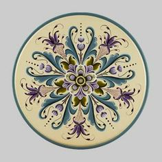 Beautiful Rosemaling.  I wanna give this a try. I really love this design and colors.