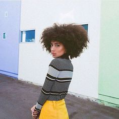 Hair, face, outfit and everything!   #curlkit #naturalhair #teamnatural_ #naturalhairdoescare #mynaturalhair #urbanhairpost #luvyourmane #naturalhairmojo #naturalherstory #myhaircrush #naturalhaircommunity #naturalhairdaily #usnaturals #naturalhairstyles #naturallyshesdope #curlswithlove #amazingnaturalhair #trialsntresses #curlsaunaturel #curlsunderstood