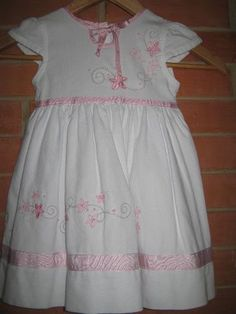 Vestido Fustao Tamanho 2 Anos - R$ 21,90