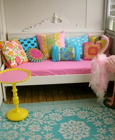 """Colourful home of Lisa of the blog """"Pink Friday"""" www.pinkfriday.blogg.se"""