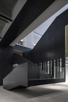 Galeria Saleh Barakat / L.E.FT Architects