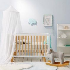 Style your nursery beautifully to make the space peaceful, serene and calm for your little one Gender Neutral Bedrooms, Nursery Neutral, Baby Bedroom, Kids Bedroom, Best Baby Cribs, Nursery Decor, Nursery Ideas, Room Ideas, Decor Ideas