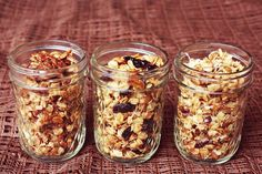 Needed: 2 cups oats (old fashioned, not the quick cooking kind), 1 1/2 cups nuts/seeds of your choice, 1/3 cup oil (I like to use olive oil), 1 teaspoon salt, 1/4 teaspoon cinnamon, a pinch of nutmeg, a pinch of ginger, 1/3 cup honey or maple syrup, 1/2 teaspoon vanilla extract and 1/4 cup dried fruit or other additions you like..