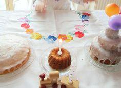 Erster Geburtstag, Geburtstagstisch und zuckerfreier, veganer Kuchen - Carrots for Claire