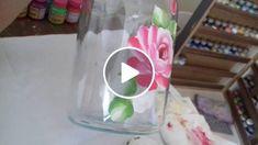 Aprenda como pintar rosas, folhas e fazer o fundo em vidro! Material que usei para pintar o vidro: Tinta fosca para artesanato-  Acrilex- Varias cores Verniz Geral Pincel para verniz número 18-Serie  421 Pinceis Número:  2, 4, 6, 8- Serie 421  Risco: ht