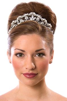 wedding hairstyle | Wedding Hair Styles with Tiara #wedding #weddingstyle #hairstyle