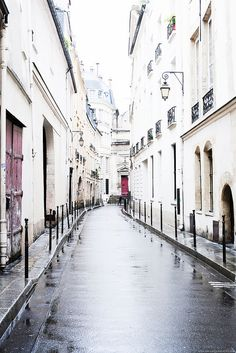Rainy Day in Le Marias ~ Paris