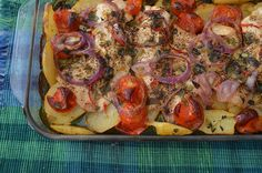 Tilápia assada com batatas Vegetable Pizza, Main Dishes, Sausage, Seafood, Easy Meals, Lunch, Cooking, Ethnic Recipes, Fancy Recipes