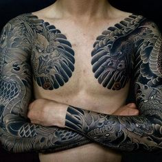What does irezumi tattoos mean? We have irezumi tattoos ideas, designs, symbolism and we explain the meaning behind the tattoo. Japanese Tattoo Art, Japanese Tattoo Designs, Japanese Sleeve Tattoos, Badass Tattoos, Body Art Tattoos, Tribal Tattoos, Tattoos For Guys, Tatuajes Irezumi, Irezumi Tattoos