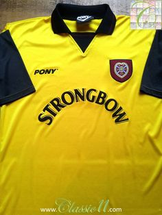 Relive Heart of Midlothian's 1996/1997 season with this vintage Pony away football shirt.