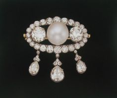 Grand Duchess Vladimir (?????) of Russia's diamond and pearl brooch, probably made by Cartier.