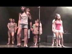 musical Mamma Mia 2011-2012. Alumnes de 3r i 4t d'ESO de l'INS Torre de Malla. Prof. Marta Grau.