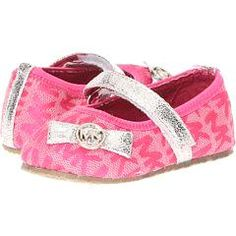 Baby Clothes Cheap Michael Kors Ideas For 2019 Cute Baby Shoes, Baby Girl Shoes, Girls Shoes, Cheap Kids Clothes Online, Cheap Baby Clothes, Kids Clothing, Little Girl Fashion, Kids Fashion, Shower Outfits