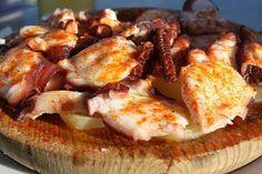 Pulpo a la Gallega Te enseñamos a cocinar recetas fáciles cómo la receta de Pulpo a la Gallega y muchas otras recetas de cocina..