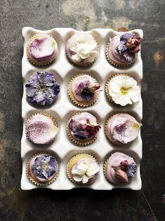 Mini Magdalenas con Flores y Harina de Espelta / Spelt Flour Mini Floral Cupcakes