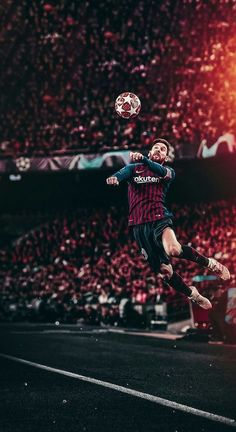 Lionel Messi heads in the Champions League of FC Barcelona Lional Messi, Messi Vs Ronaldo, Ronaldo Real, Cristiano Ronaldo, Messi Pictures, Messi Photos, Neymar Football, Messi Soccer, Nike Soccer