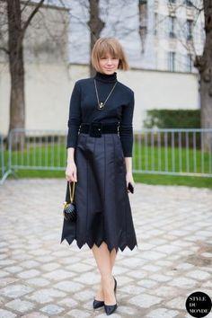 STYLE DU MONDE / Paris Fashion Week FW 2014 Street Style: Vika Gazinskaya  // #Fashion, #FashionBlog, #FashionBlogger, #Ootd, #OutfitOfTheDay, #StreetStyle, #Style