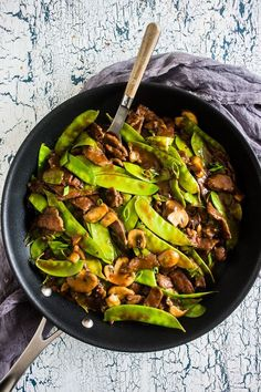 This 20 minute beef snow pea skillet is the perfect fast weeknight meal with a little takeout fake-out feel. Made all in one skillet and perfect over rice!
