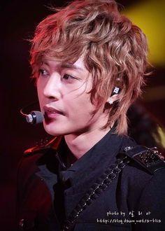 Kiss World Korea 세계 한국 키스: Fotos HOT de Kim Hyun Joong en concierto de Fukouka