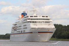 EUROPA, type:Passenger (Cruise) Ship, built:1999, GT:28890, http://www.vesselfinder.com/vessels/EUROPA-IMO-9183855-MMSI-308007000