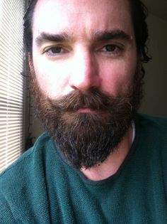 The dovetail beard. 5 months of growth, washed and waxed. I want to do this! Not as long, but the style. Like a conquistador!
