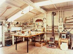 Home workshop of wood sculptor JB Blunk