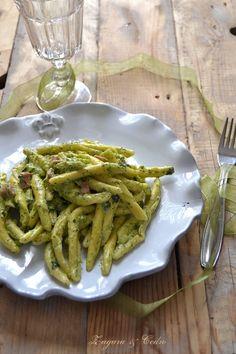 Maccheroncini Freschi allo zafferano con crema di broccoletti e mortadella http://zagaraecedro.blogspot.it/…/maccheroncini-freschi-all…