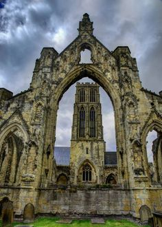 At Howden Minster. By East Riding Photo South Yorkshire, Yorkshire Dales, Irish Sea, English Heritage, British Isles, Cathedrals, Amazing Places, Great Britain, Beautiful Landscapes