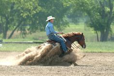 Million dollar rider and RTO trainer Craig Johnson getting some dirt! Wow what a stop.