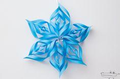 Copo de nieve 3D Barbie, Christmas Decorations, Xmas, Birds, Party, Flowers, 3d, United Nations, Youtube