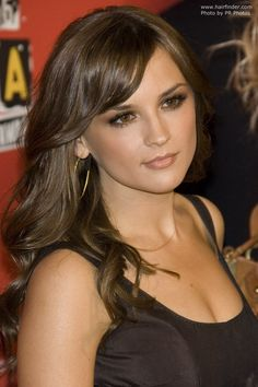 Rachael Leigh Cook's Hair | Photo by PR Photos #hairstyle