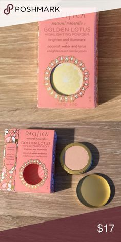 🆕 Pacifica Natural Minerals Make Up *Golden Lotus Highlighting Powder Brighten  and Illuminate + Coconut Water and Lotus .07 oz.  Color: Sheer Golden Glow.                                                                🌼100% Vegan Cruelty-Free. Formulated without carmine, FD&C color, parabens, and petroleum. 🌷I am open to offers 🌷Bundle For Savings 🌷 Makeup Luminizer