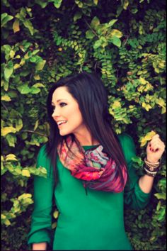 Kari Jobe is the definition of a beautiful person - she's gorgeous, has an amazing voice, and uses her talents to praise the Lord and lead others to Him Beautiful Person, Beautiful People, Beautiful Women, Christian Singers, Christian Music, Christian Women, Air Max 2009, Kari Jobe, Role Models