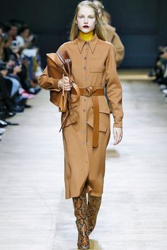 Autumn winter fashion trends 2018: Rochas's tan dress with brown leather accessories