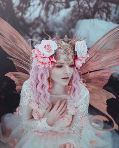 Would you like to be a fairy?⁣ Beautiful photography by . Fairy Photography, Photography Women, Fine Art Photography, Fae Aesthetic, Fairy Photoshoot, Fairy Princesses, Fantasy Inspiration, Fairy Art, Models