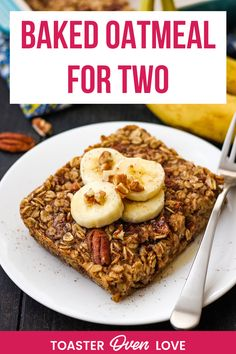 A deliciously healthy breakfast for two! This tasty banana baked oatmeal is naturally vegan, customizable, and perfectly sized for your toaster oven. Vegetarian Recipes For One, Healthy Meals For One, Delicious Vegan Recipes, Meals For Two, Tasty, Convection Oven Recipes, Toaster Oven Recipes, Vegan Baked Oatmeal, Single Serving Recipes