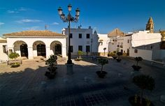 #Cadiz - #Medina Sidonia - Plaza de la Iglesia Mayor Coordenadas: 36 27 28.82 N 5 55 32.98 W Fotografía cortesía de Vargas (Panoramio 79748829)