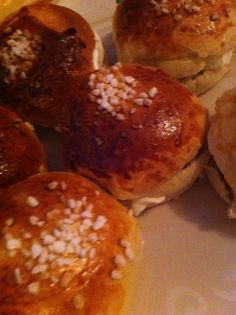 Laskiaispullia Muffins, Breakfast, Food, Muffin, Meal, Essen, Morning Breakfast, Cupcake, Cupcake Cakes