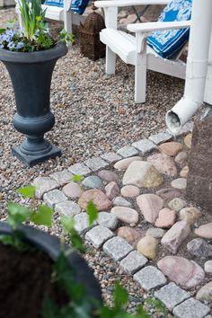 ℱyгa åгstίdeг – mίtt lίv på landet Diy Garden, Garden Structures, Cottage Garden, Garden Paths, Deck Garden, Backyard Landscaping, Outdoor Gardens, Garden Inspiration, Garden Stones