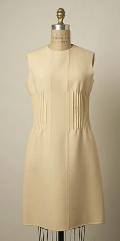 Ensemble Valentino (Italian, born 1932) Date: ca. 1968 Culture: Italian Medium: wool Dimensions: Length at CB (a): 44 in. (111.8 cm) Length at CB (b): 36 in. (91.4 cm)