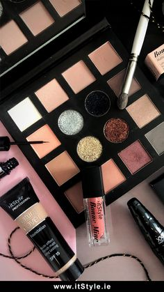 Makeup Shop, Makeup Cosmetics, Ireland, Eyeshadow, Beauty, Eye Shadow, Eye Shadows, Irish, Beauty Illustration