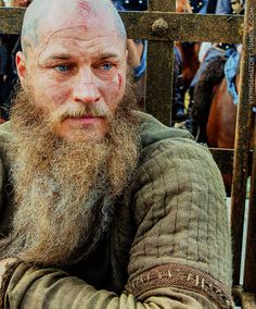 Ragnar on his way to Aella