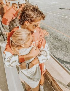 relationship goals Christian, relationship goals R High School Relationships, Couple Goals Relationships, Christian Relationships, Relationship Goals Pictures, Relationship Quotes, Broken Relationships, Cute Couples Photos, Cute Couple Pictures, Cute Couples Goals