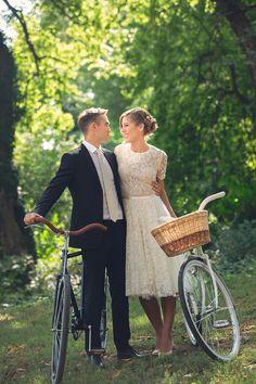 Daalarna bride Detti in her lace wedding dress