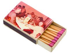 1970 - Un souvenir-allumettes, des années, collection privée © Solo-Mâtine Magazines, Polaroid Film, Collection, Souvenir, Furniture, Journals, Magazine