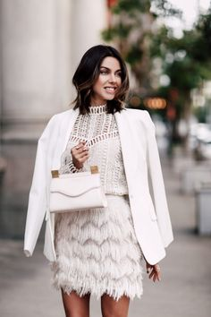 We have a photo gallery that presents you 33 all white outfits for a truly fresh look. Check out how to wear nothing but white and look hot. Fashion Mode, Fashion Outfits, Womens Fashion, Woman Outfits, Street Fashion, Fall Fashion, Fashion Ideas, Spring 2018 Fashion Trends, All White Outfit