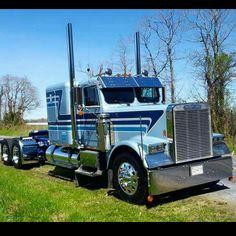 Freightliner Classic Freightshaker