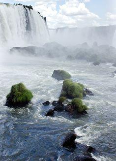 touchdisky:  In amongst the spray, Iguazu falls | Brazil Rachel Dunsdon