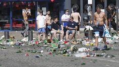 """EURO 2016. Vânzarea şi consumul de băuturi alcoolice, interzise în """"zonele sensibile"""" - http://www.eromania.pro/euro-2016-vanzarea-si-consumul-de-bauturi-alcoolice-interzise-in-zonele-sensibile/?utm_source=Pinterest&utm_medium=neoagency&utm_campaign=eRomania%2Bfrom%2BeRomania"""
