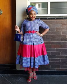 Latest African Fashion Dresses, African Print Fashion, Africa Fashion, African Prints, African Attire, African Dress, Ankara Short Gown Styles, Short Gowns, Pedi Traditional Attire